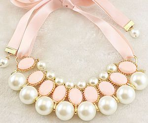 fashion and pearls image