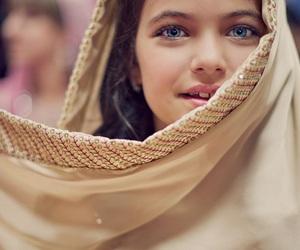 girl, beautiful, and islam image