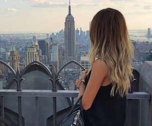 bag, hair, and view image