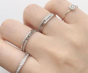 ring and style image