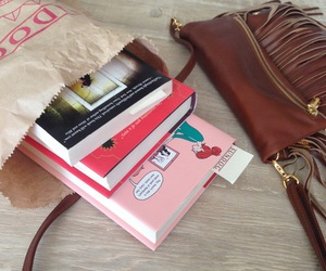 book, fangirl, and rainbow rowell image