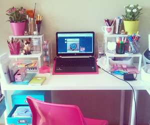 girly, room, and desk image