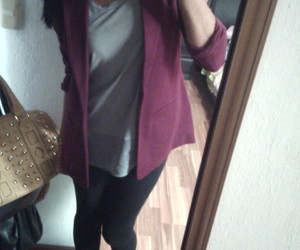 black, outfit, and wine image