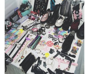 accesories, retro, and shoes image