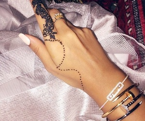 accessories and black henna image