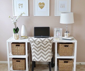 gold, roomdecor, and sparkle image