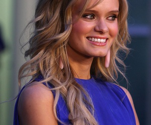 sara paxton and only if you like blondes image