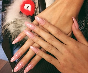 nails, pink, and pia mia image
