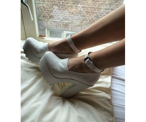 fashion, high heels, and pale image