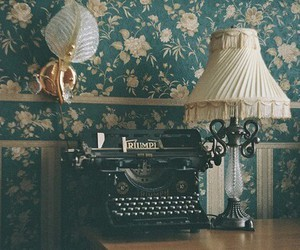 vintage, retro, and flowers image