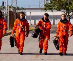 one direction, drag me down, and louis tomlinson image