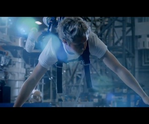 niall horan, perfect, and drag me down image