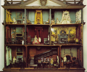 dollhouse, dollhouse furniture, and dollhouse interior image