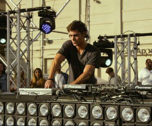 zac efron and we are your friends image