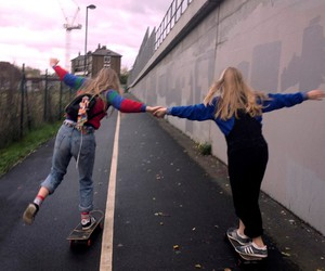 girl, friends, and grunge image