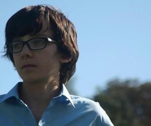 asa butterfield and blue eyes image
