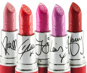 one direction, 1d, and lipstick image