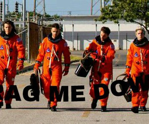 drag me down, ❤, and one direction image