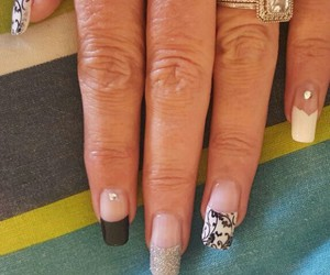 black nails, nails, and nailart image