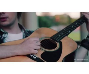 chitarra, 5sos, and 5seconds of summer image