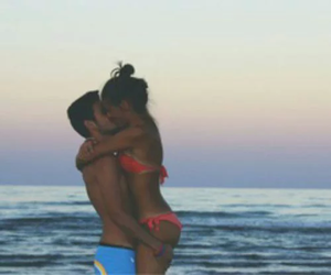 beach, kiss, and cute image