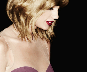 Taylor Swift, green, and red image
