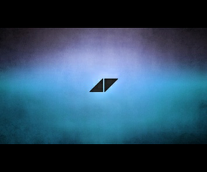 avicii, ▶, and ◀ image