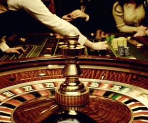 casino and roulette image