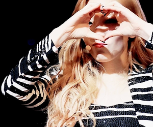 heart, thankyou, and taeyeon image