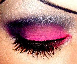 eyebrowless image