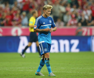 hsv, lewis holtby, and ma boy image