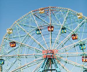 wonder wheel and photography image