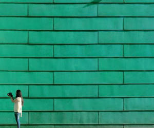 green and minimalism image