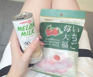 food, mochi, and asianfood image