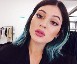 kylie jenner, lips, and makeup image