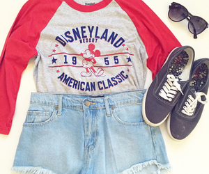 outfit, disney, and shoes image