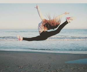 fly, funny, and jump image