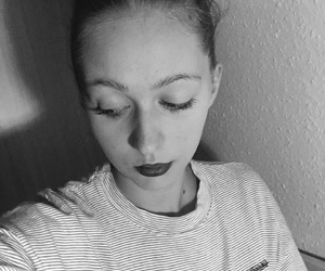 black and white, indie, and girl image