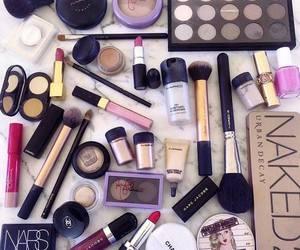 makeup store image