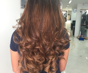 curled, californianas, and curls image