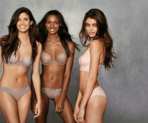 angels, taylor hill, and beautiful image