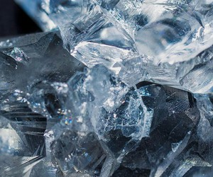 blue, crystal, and 透明 image