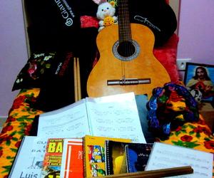 música, bateria, and violão image