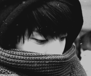 black and white and SHINee image