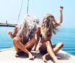girls, holidays, and paradise image