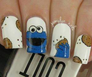nails and cookie image