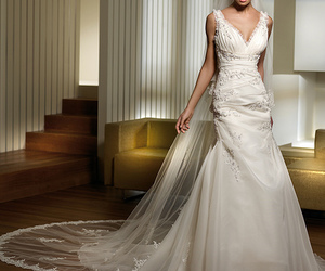 bride, dresses, and mireasa image