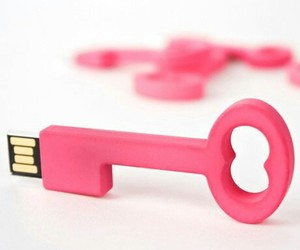 key and pink image