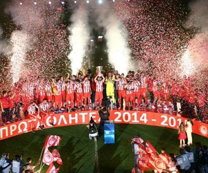 2014-2015, super league, and olympiakos fc image