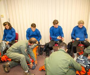 behind the scenes, drag me down, and one direction image